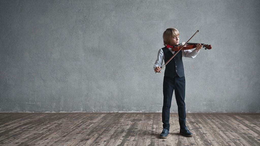boy-playing-banner.jpg